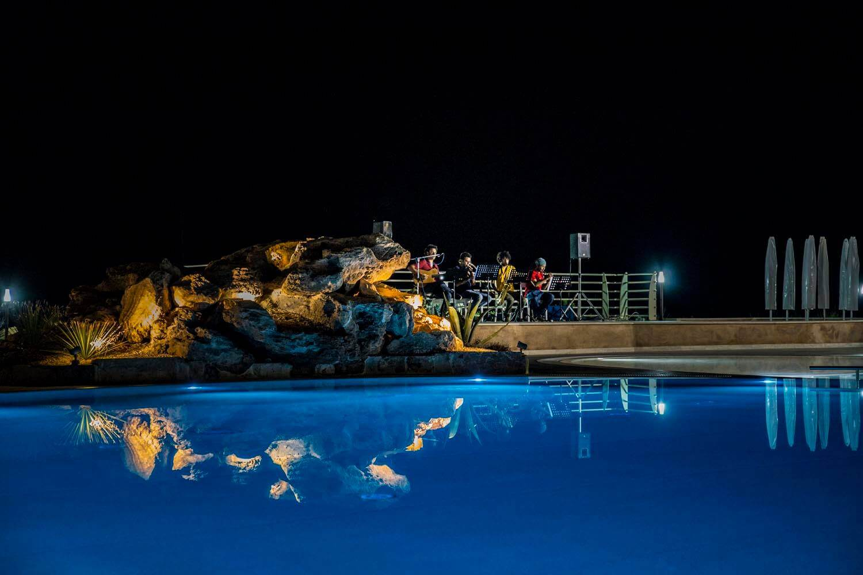 Piscina, live concert, event, casale milocca hotel siracusa